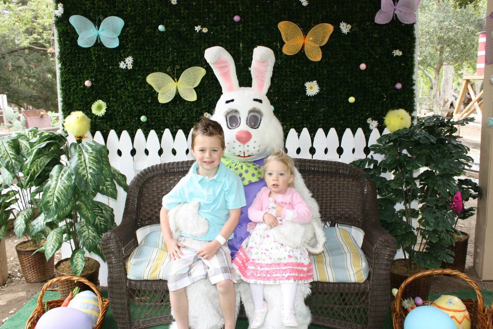 easter bunny at the irvine park railroad