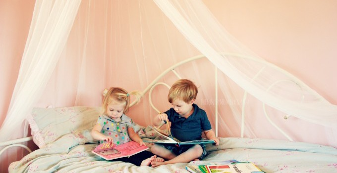 Raising Readers From The Start: Scholastic The Story Starts Here Giveaway | #TheStoryStartsHere
