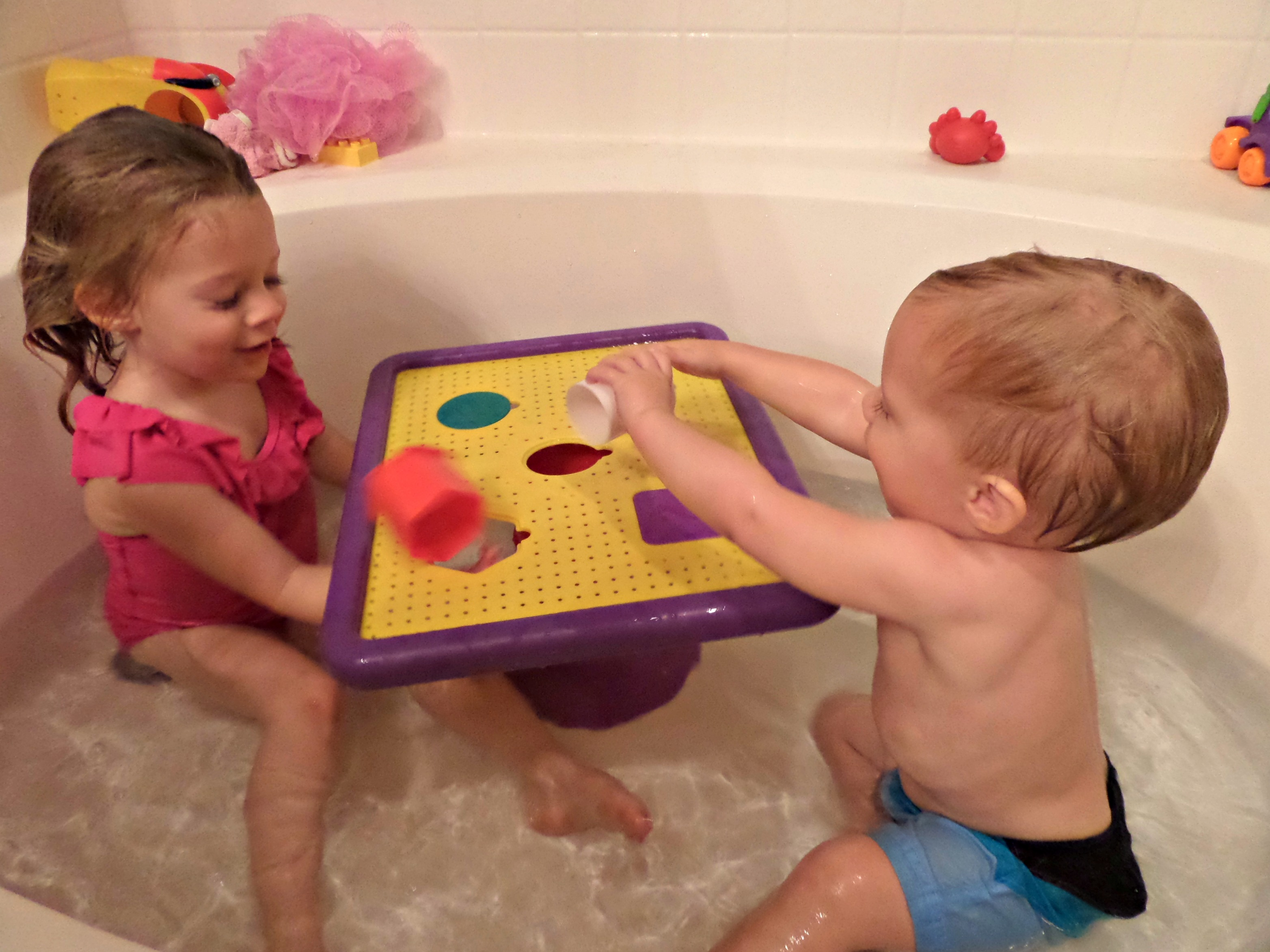 Bath Tub Fun With The Tubby Table And Giveaway! - The Funny Mom Blog